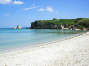 strand in fontane bianche hotel direkt am meer, in sizilien bei syrakus