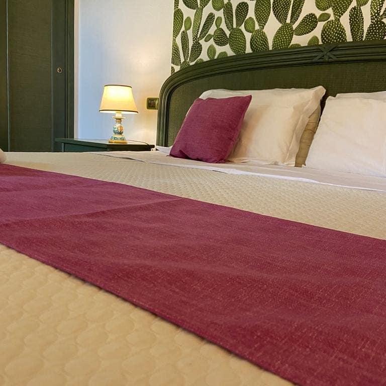 Hotel Syrakus, Doppelbett Zimmer im Hotel Valle di Mare für Ihren Sizilien-Urlaub